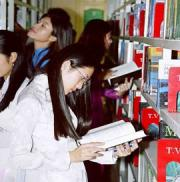 Người trẻ: Lười đọc hay không biết chọn sách?